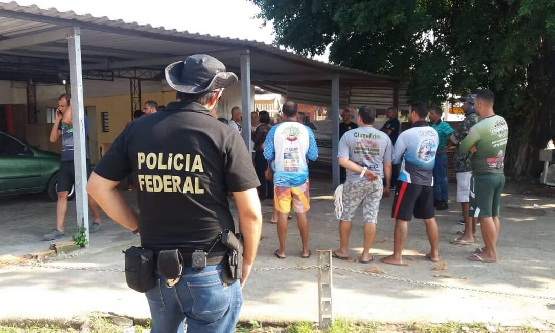 Polícia Federal realiza operação de reintegração de posse na Cidade Universitária da UFRJ Foto: Marcelo Regua / Agência O Globo