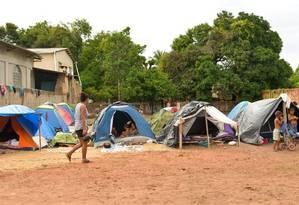 Venezuelanos acampados em Rorâima Foto: Reprodução