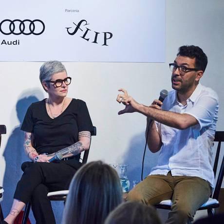 Fernanda Young e Dedé Laurentino em debate na Casa de Não Ficção ÉPOCA & Vogue Foto: Foto: Marcelo Saraiva