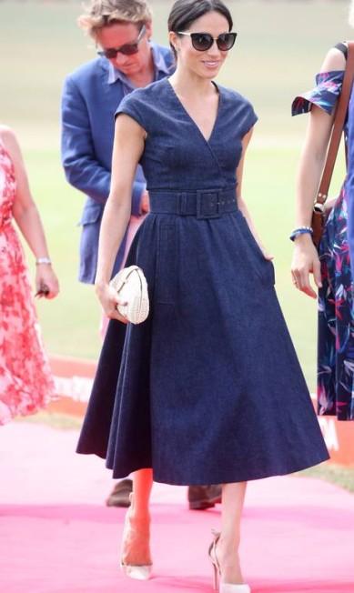 Meghan desfilou um look de Carolina Herrera Chris Jackson / Getty Images
