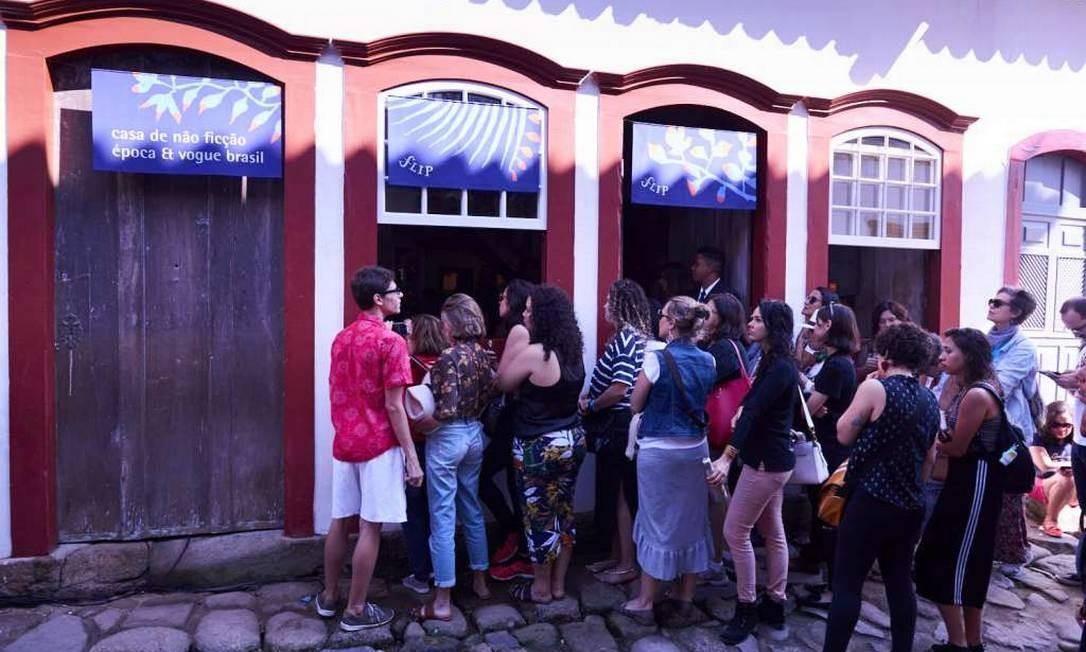 A 1ª edição da Casa Época & Vogue mobilizou o público no centro histórico de Paraty, durante a Flip 2018 Foto: Marcelo Saraiva Chaves