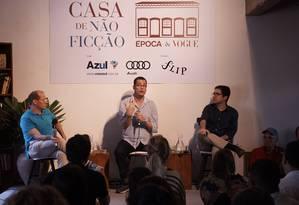 Helio Gurovitz, Pablo Ortellado e Bernardo Mello Franco falam sobre os protestos que marcaram o Brasil em 2013 Foto: Foto: Marcelo Saraiva Chaves