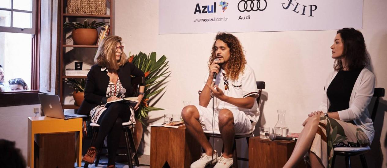 Ruth de Aquino, Geovani Martins e Ilona Szabó durante o evento na Casa Época & Vogue na Flip 2018 Foto: Foto: Marcelo Saraiva Chaves