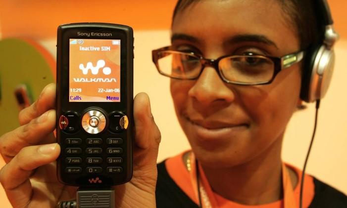 Sony Ericsson lança celular inspirado no Walkman Foto: Lionel Cironneau / Sony