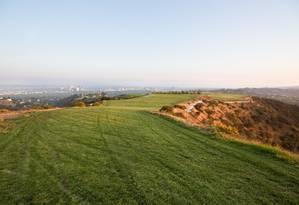 O terreno em Los Angeles, à venda como a Montanha de Beverly Hills,
