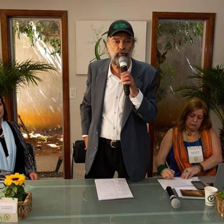 O presidente nacional do PV, José Luiz Penna, discursando durante convenção do partido Foto: Divulgação/Chico Gorman