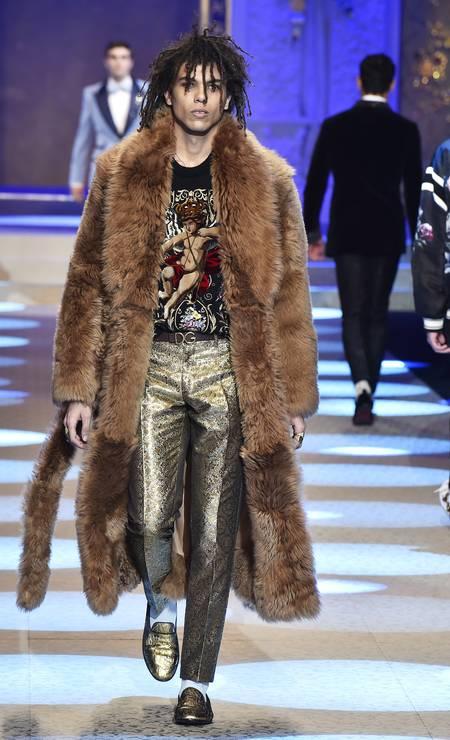 Filho de Isabella Rossellini e neto de Ingrid Bergman, Roberto Rossellini, de 25 anos é a nova sensação da moda internacional. Só dá ele nas passarelas de grifes como Bottega Veneta e Dolce & Gabbana (foto) Foto: Getty Images / Getty Images