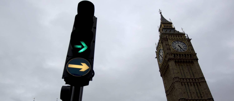 Londres cobra pedágios para carros circularem na cidade Foto: Matt Dunham / AP