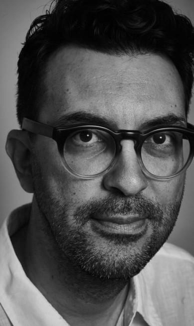 """Dedé Laurentino, escritor e cartunista, na mesa """"O feminino e o feminismo"""" Marcelo Saraiva"""