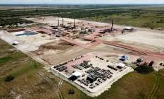 Foto aérea mostra as obras da termelétrica GNA I e a área onde será construída a usina de GNA II, cujo contrato de outorga foi assinado hoje (30/07) pelo ministro Moreira Franco Foto: Divulgação GNA