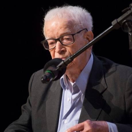 Erasmo Nuzzi foi diretor da Faculdade Cásper Líbero por 20 anos Foto: Divulgação/Fundação Cásper Líbero