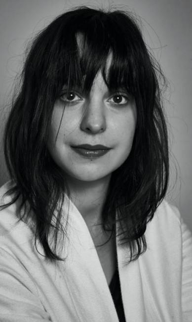 """Antonia Petta, diretora digital da Vogue, na mesa """"Por que o jornalismo de moda não é algo frívolo"""" Marcelo Saraiva"""