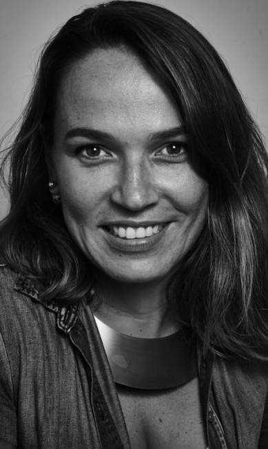 """Marina Caruso, colunista de O Globo, na mesa """"Sobre a maldade"""" Marcelo Saraiva"""