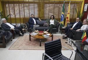 Presidentes de partidos de esquerda se reúnem na sede do PSB, em Brasília Foto: Daniel Marenco / Agência O Globo
