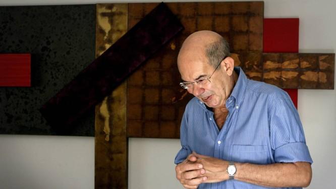 O artista plástico Antonio Dias, em foto de 2010. Foto: Simone Marinho / Agência O Globo