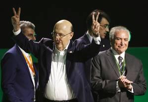 O candidato do MDB à Presidência, Henrique Meirelles, ao lado do presidente Michel Temer Foto: Givaldo Barbosa / Agência O Globo
