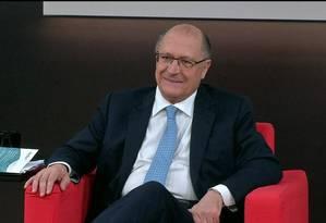 O pré-candidato do PSDB à Presidência, Geraldo Alckmin, em entrevista à GloboNews Foto: Reprodução / TV Globo