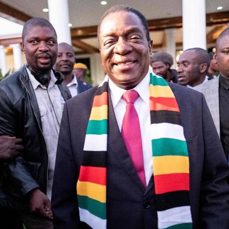 Mnangagwa após uma coletiva de imprensa em Harare: desafios à frente Foto: MARCO LONGARI / AFP