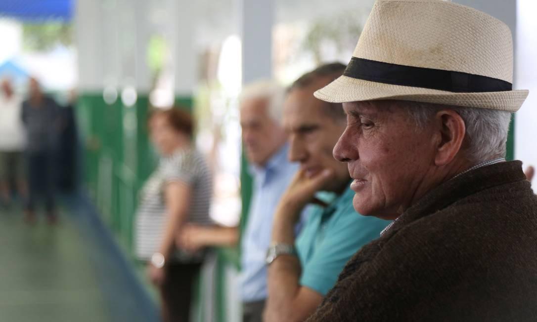 Idosos praticantes de bocha no Cise de São Caetano Foto: Tom Dib / Agência O Globo