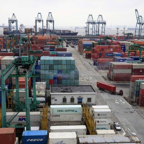 Proposta dos EUA tarifa 25% sobre US$ 200 bilhões de importações chinesas Foto: Eugene Hoshiko / AP