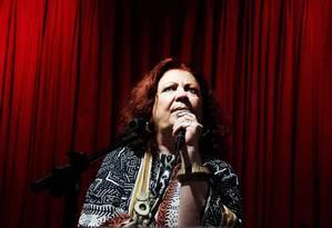 Beth Carvalho lançou o clássico disco 'De pé no chão' em 1978 Foto: Leo Aversa