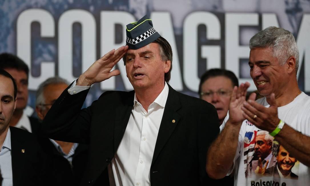 Resultado de imagen para bolsonaro militar
