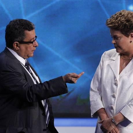 João Santana e Dilma Rousseff, durante debate eleitoral em 2014 Foto: Fernando Donasci/Agência O Globo/14-10-2014