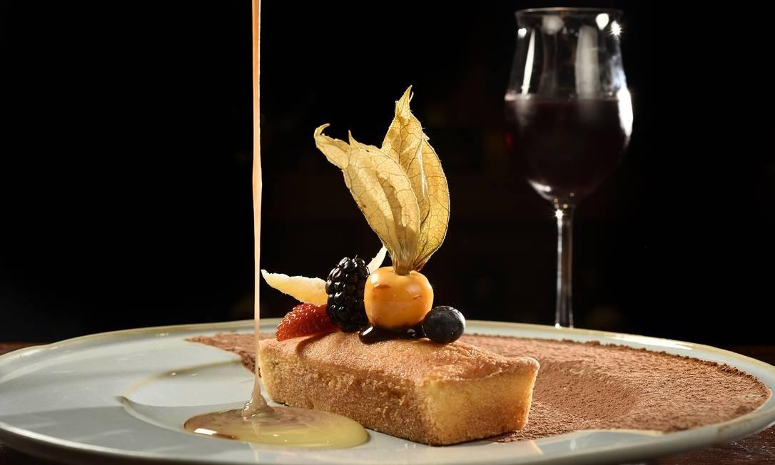Enog. A dica é o minibolo de laranja com ganache de chocolate (R$ 19). Rio Design Barra. Av. das Américas 7.777, Barra (3329-6199) Bruno de Lima / Divulgação