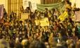 Marcha a favor da legalização do aborto seguiu da Alerj até a Cinelândia, em 22 de junho Foto: Gabriel Monteiro / Agência O Globo