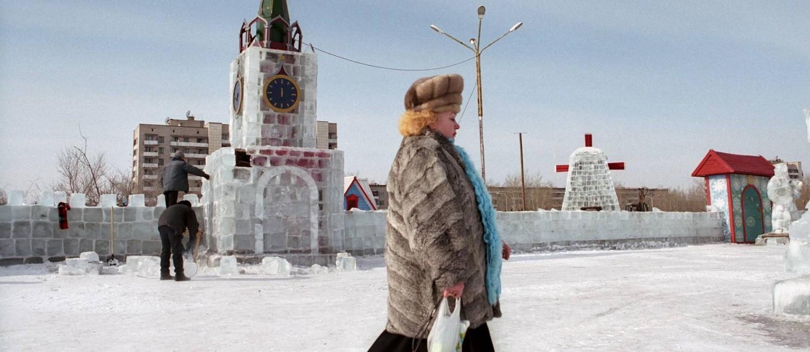 Para o curador da mostra, Luiz Fernando Carvalho, um grande traço da obra é não enaltecer nem demonizar o regime soviético Foto: Sergey Maximishin / Focus