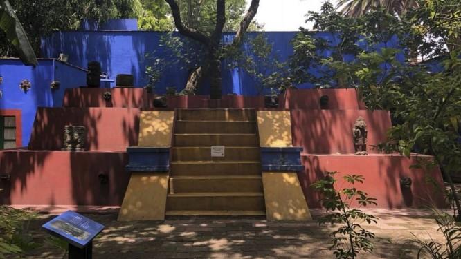 Em dupla. Espaços no Museu Frida Kahlo: visita pode ser combinada à instituição que homenageia Trótski