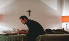Vincent Lindon em cena do filme 'A aparição' Foto: Shanna Besson / Divulgação