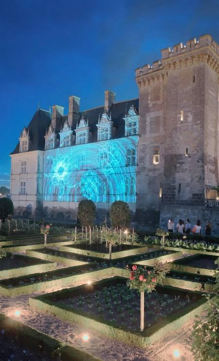 Espetáculo de luzes noturno no Castelo de Villandry Foto: Divulgação