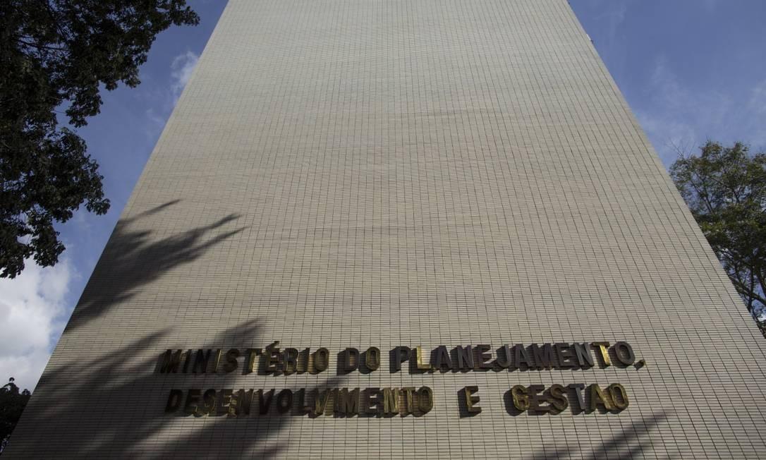 Fachada do prédio do Ministério do Planejamento, em Brasília Foto: Daniel Marenco/Agência O Globo/13-07-2018