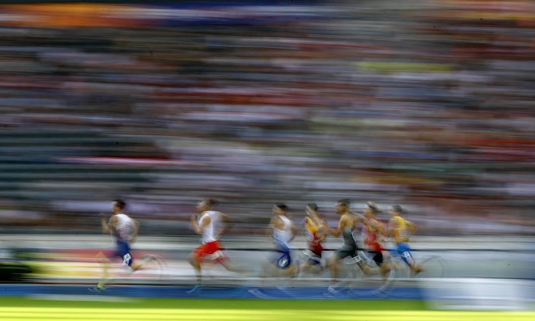 Qualificação masculina de 800m - Estádio Olímpico, Berlim, Alemanha KAI PFAFFENBACH / REUTERS