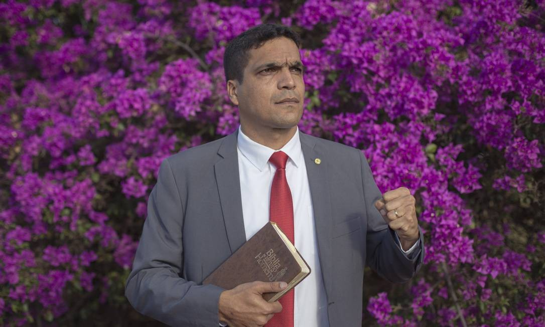 O deputado Cabo Daciolo, do Patriota-RJ Foto: Daniel Marenco / Agência O Globo