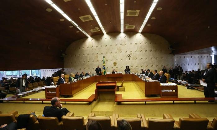 O Supremo Tribunal Federal em sessão Foto: Ailton de Freitas / Agência O Globo