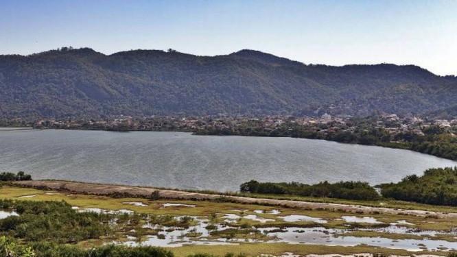 >Lagoa de Piratininga> Prefeitura promete transformar a área degradad Foto: Roberto Moreyra / Roberto Moreyra
