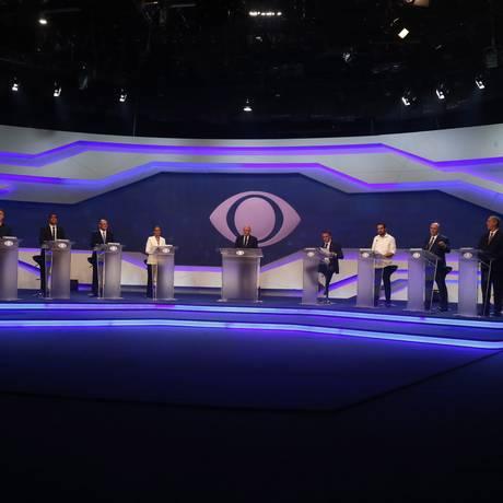 Primeiro debate de presidenciáveis, realizado na TV Bandeirantes Foto: Marcos Alves / Agência O Globo