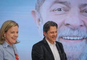 Gleisi Hoffmann e Fernando Haddad durante o #DebateComLula, transmitido nas redes sociais durante debate da Band Foto: Ricardo Stuckert/Divulgação PT