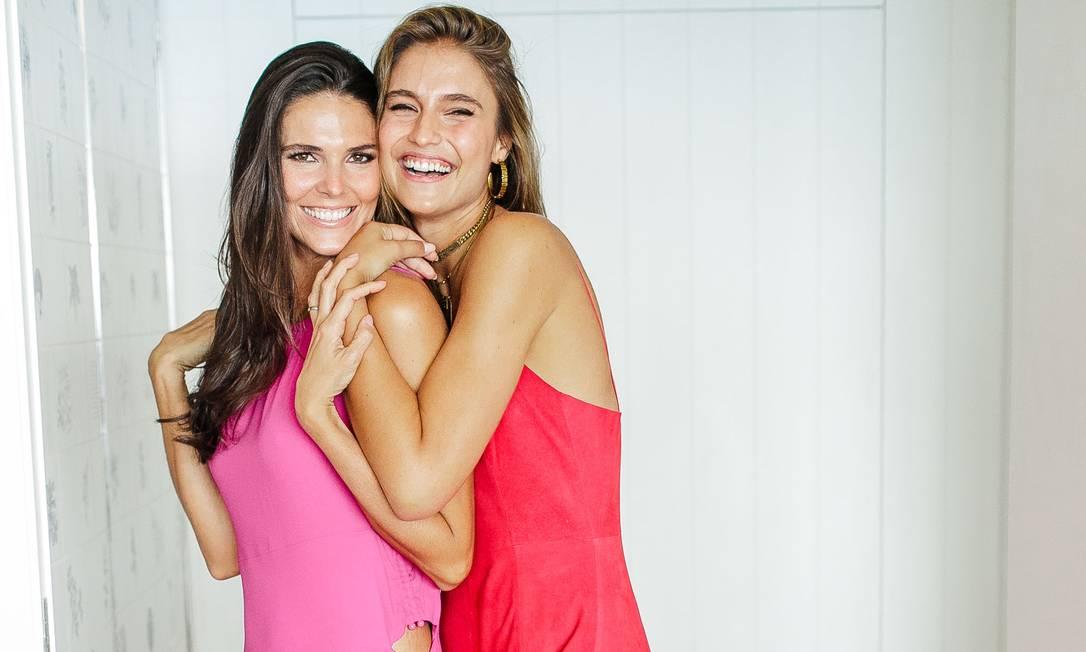 Daniella Sarahyba (à esuqerda) e Fernanda Liz: amor de irmãs Foto: Bruno Ryfer/ Divulgação