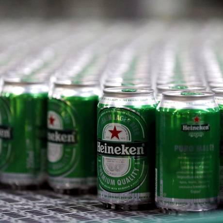 A cervejaria Heineken pode fechar duas fábricas no estado de Pernambuco Foto: Paulo Whitaker/Reuters
