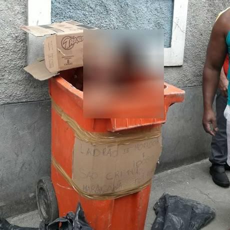 Corpo de home dentro de lixeira na Zona Norte Foto: Reprodução