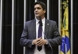 O deputado Cabo Daciolo (Patriota-RJ) discursa na Câmara Foto: Alex Ferreira/Câmara dos Deputados/16-05-2017