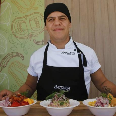 Toque argentino. À frente do Cattleya Restobar Latino, o chef Julio Cesar Almeida aposta na variedade de pratos Foto: Divulgação