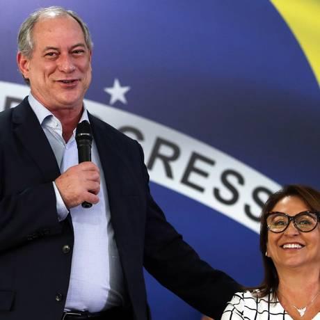 O candidato do PDT à Presidência, Ciro Gomes, ao lado da sua candidata a vice, Kátia Abreu Foto: Givaldo Barbosa/Agência O Globo/06-08-2018