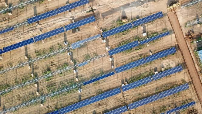 Luz do sol. Em dezembro, a Equinor inaugura, no Ceará, seu primeiro projeto solar no mundo. A unidade consumiu investimentos de US$ 215 milhões, tem capacidade de 162 megawatts (MW) e será capaz de gerar energia para 170 mil famílias Foto: Divulgação