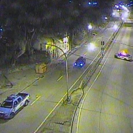 PM interdita a Grajaú-Jacarepaguá Foto: Centro de Operações da Prefeitura