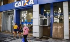 Caixa Econômica Federal: o banco é o responsável por pagar as cotas do PIS Foto: Bárbara Lopes - Agência O Globo