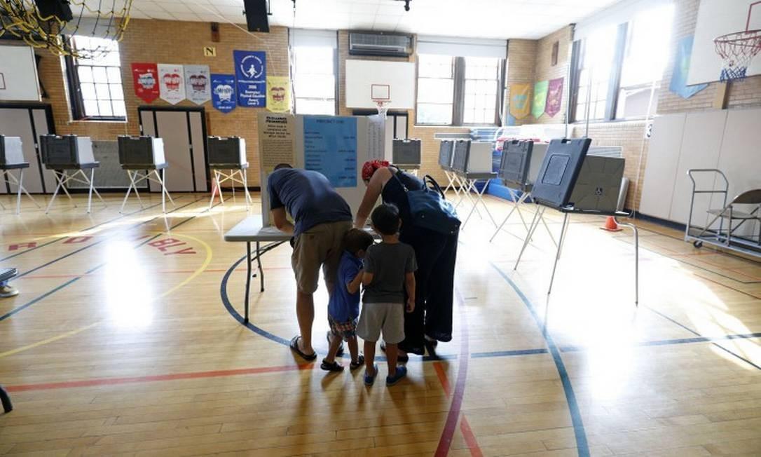 EUA: estados aprovam regras que tendem a restringir voto de